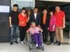 100세 할머니 휠체어 타고 소중한 한 표 '눈길'