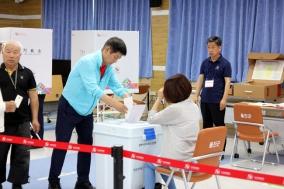울진 사전투표 열기 대선 때보다 높아… 첫날 투표율 19.63% 기록